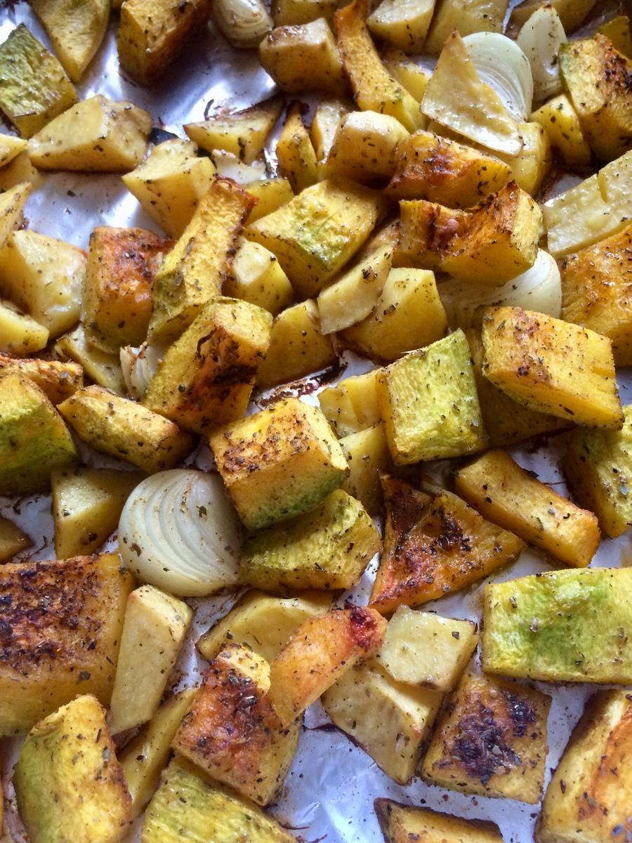 Веганский рецепт Тыква, запечённая с картошкой и луком